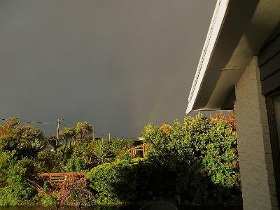 unusual-multiple-rainbow-new-zealand.jpg