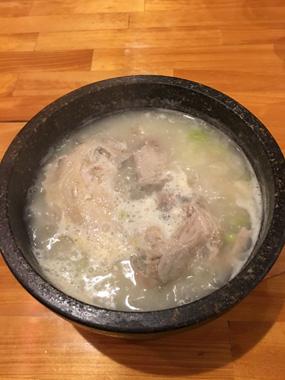 韓国料理 サムゲタン チヂミ ビビmaru 豊川 花屋 花夢