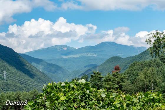真田本城跡から四阿山を望む
