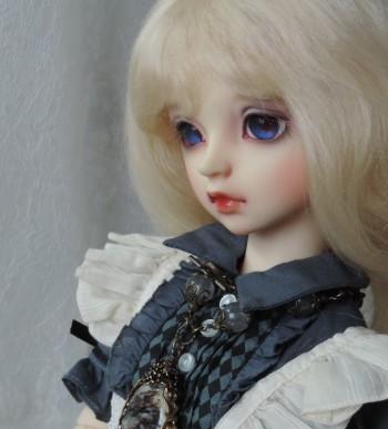 doll-2076.jpg