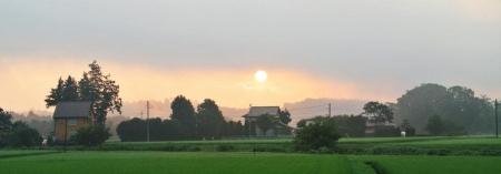 16-7-20朝5時の太陽