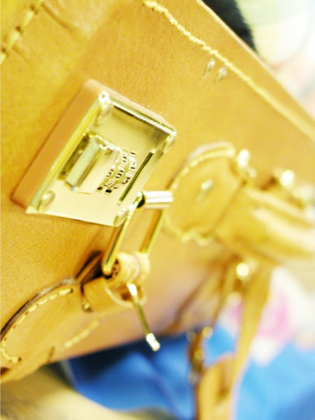 スーツケースのカギ