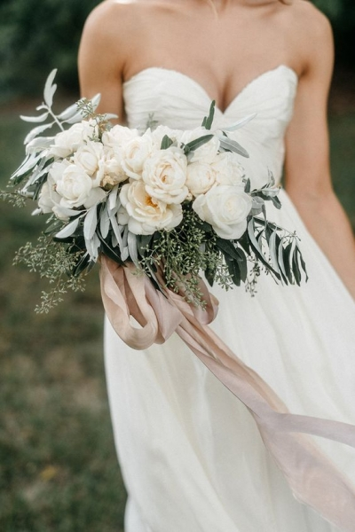 16-the-softest-bouquet-of-roses-tied-with-hand-dyed-silk-ribbon.jpg