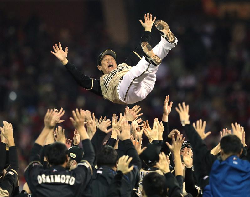 2016年日ハム日本一胴上げ