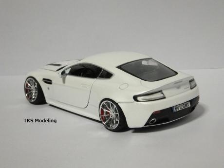 アストンマーティン V12 ヴァンテージ (3)