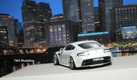 アストンマーティン V12 ヴァンテージ (29)