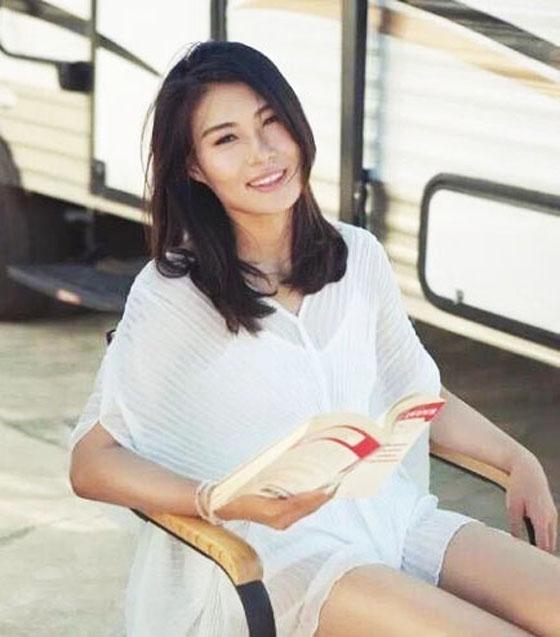 趙麗娜Lina Zhao
