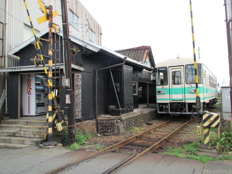 西御坊駅1