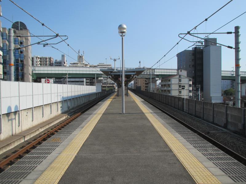 高井田中央駅2
