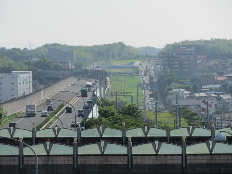 和泉中央駅3