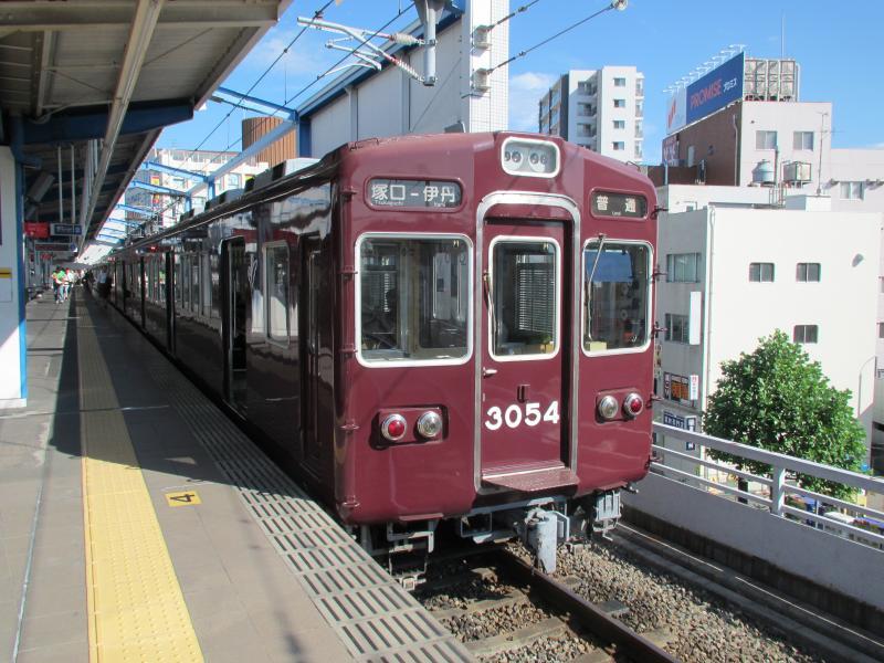 伊丹駅(阪急)3