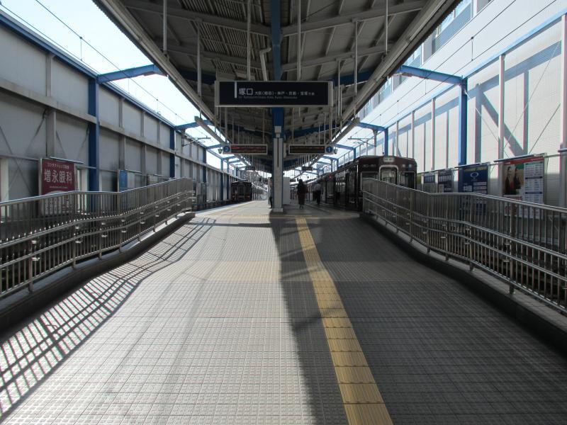 伊丹駅(阪急)2