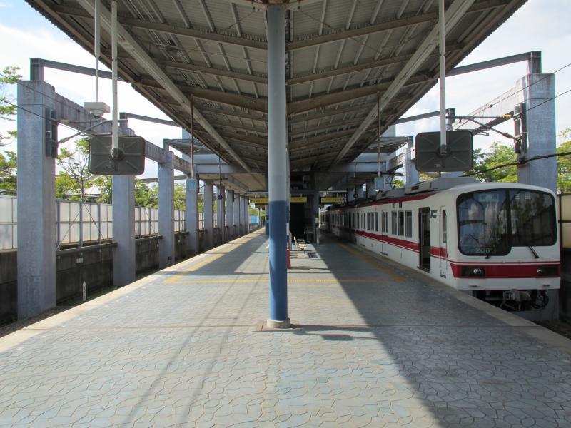 ウッディタウン中央駅2
