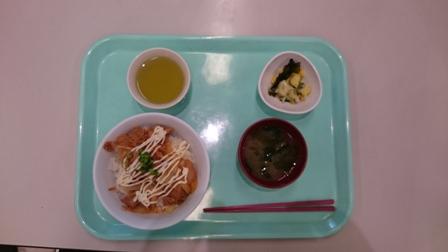 キムチ丼定食