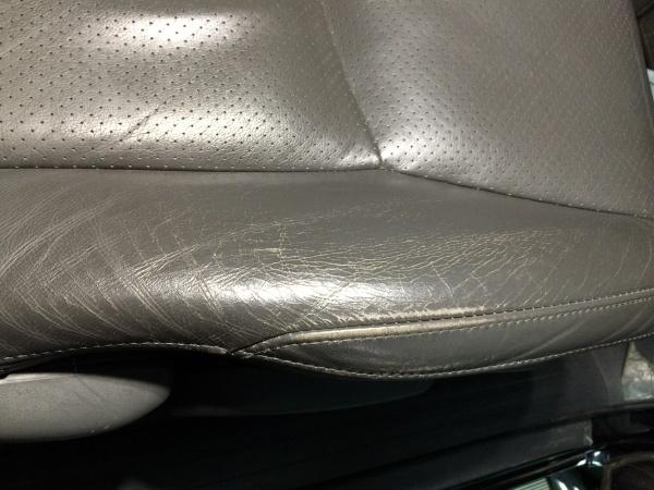 レザーシート 擦れ ひび割れ補修 ランドクルーザープラド