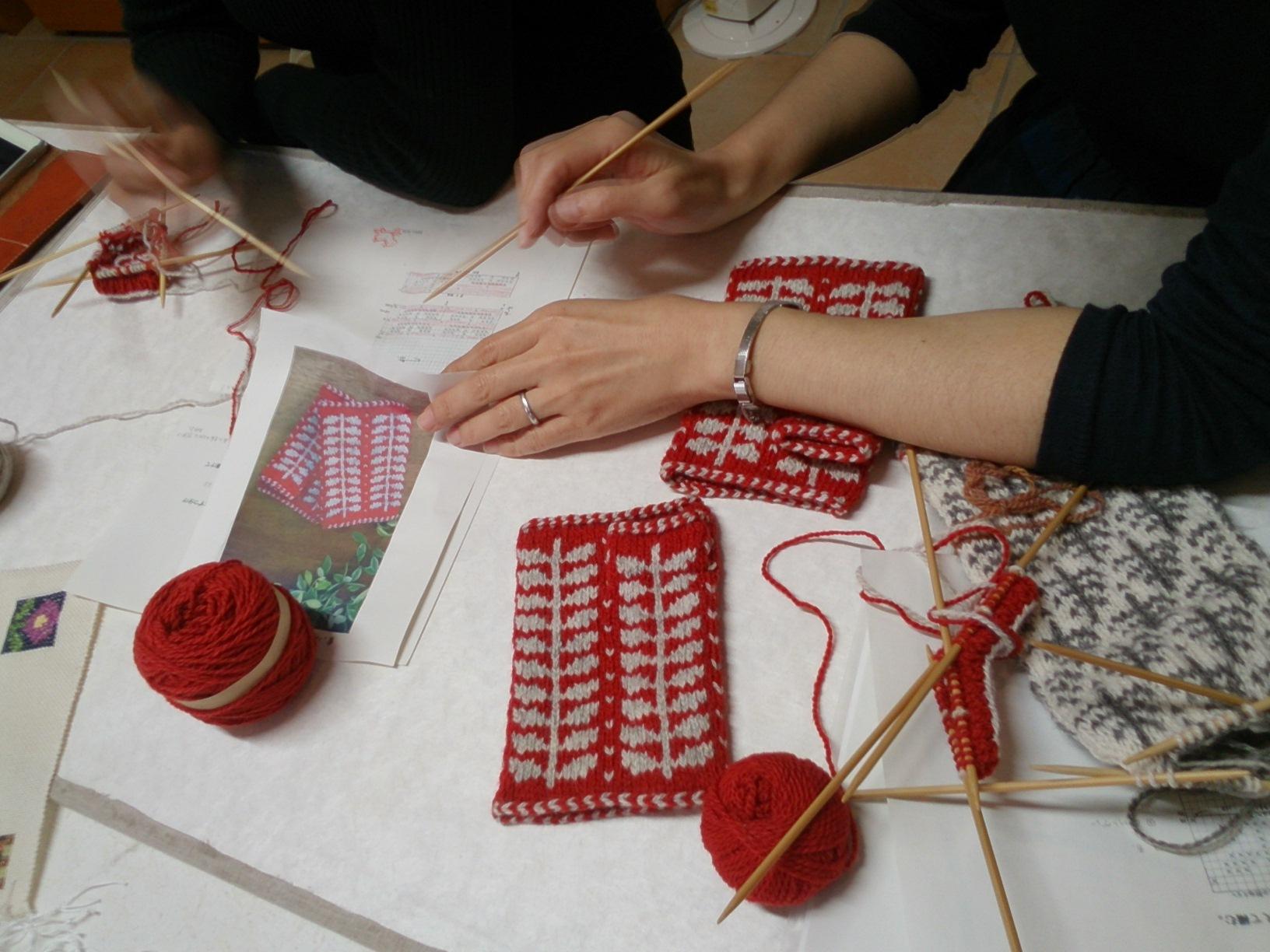 編み込み赤