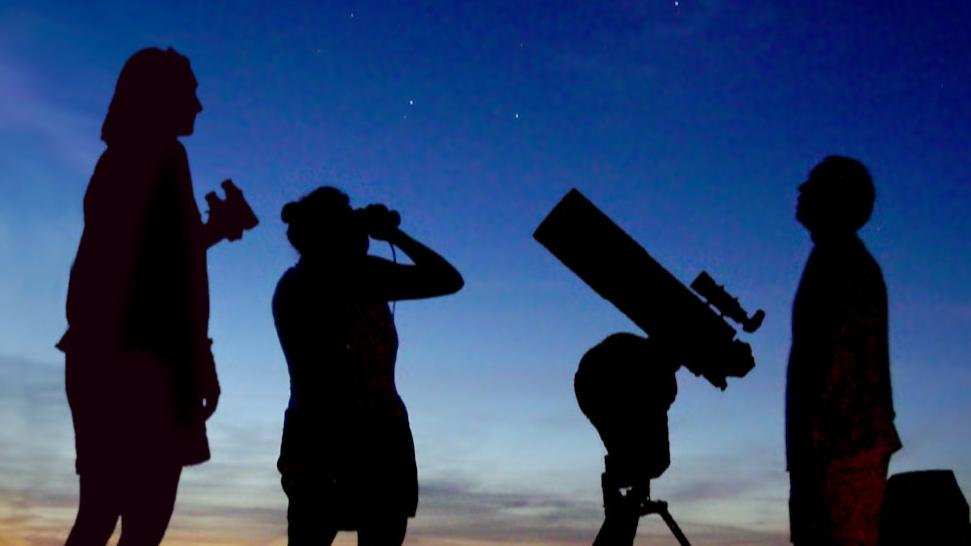 Astronomy_Amateur_3_V2-crop.jpg
