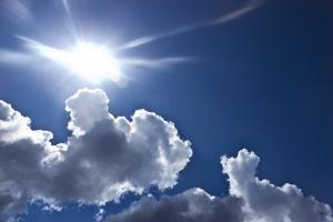 clouds-429228_960_720.jpg