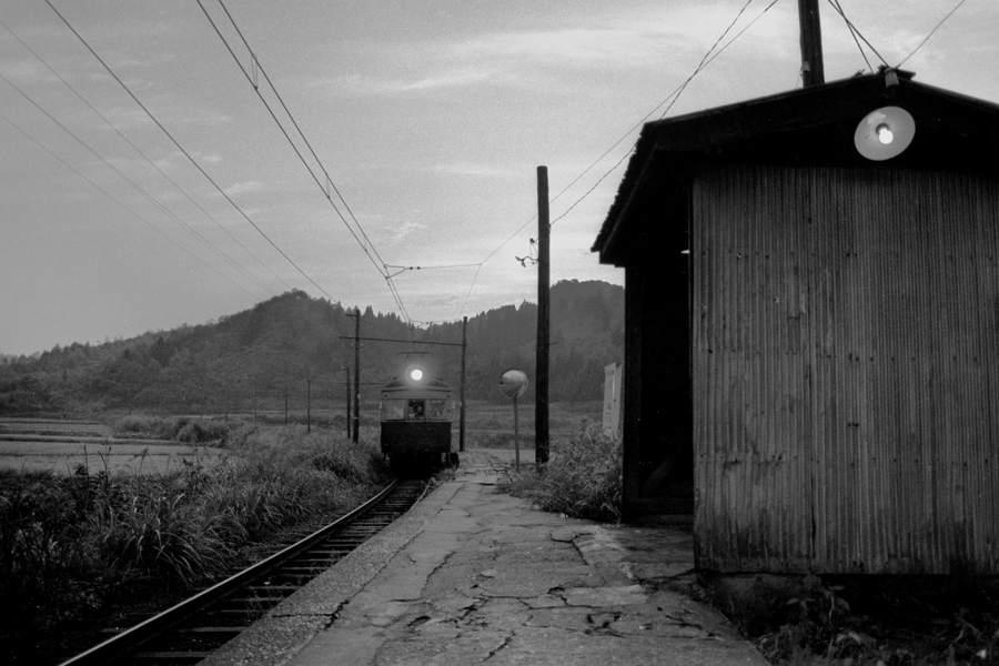 蒲原鉄道 夕暮れの高松 1981年9月 16bitAdobeRGB原版 take1b