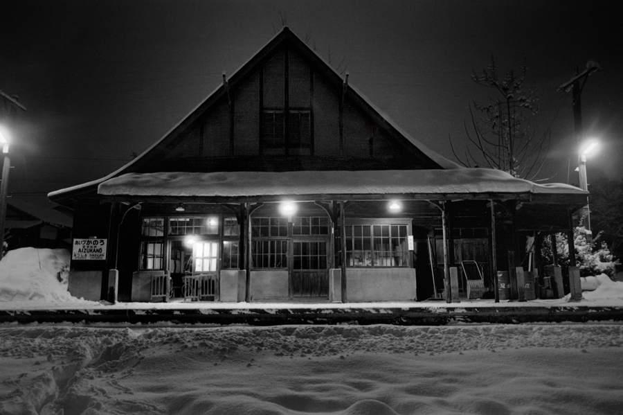 修正A3 日中線 会津加納駅雪の夜3 1984年2月 16bit AdobeRGB 原版 take1 パース修正前b2