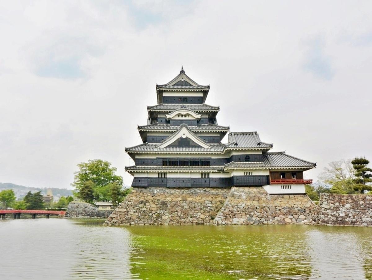 50 松本城 (2)