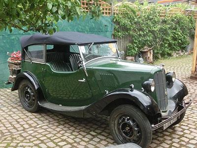 classiccar01.jpg