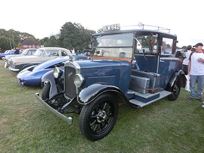 classiccar06.jpg