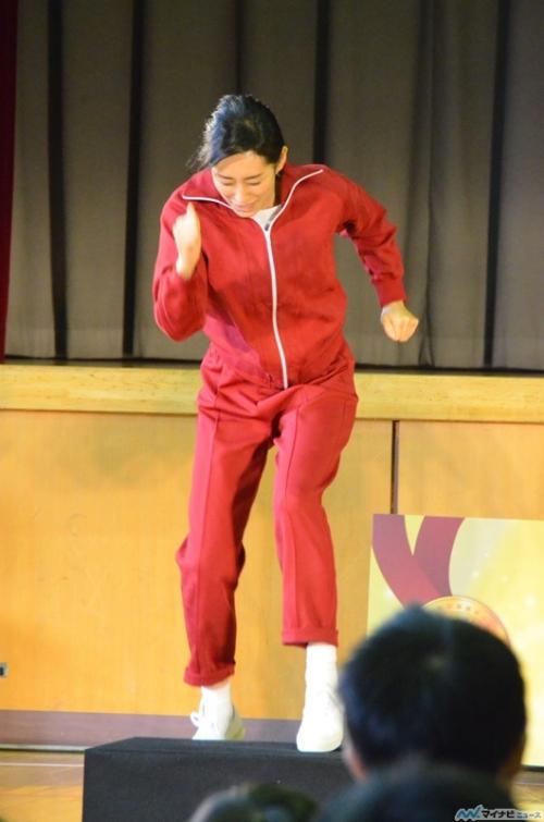 木村多江、踏み台昇降で悶絶! 内村光良も驚く美人女優の本気