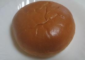 神戸プリンクリームパン02