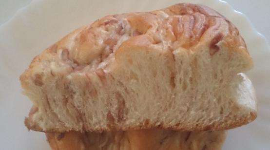 十勝金時豆パン02