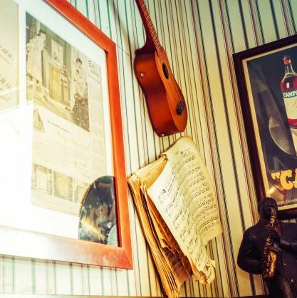 楽器のある部屋