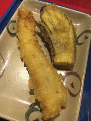 セルフ自家製麺 杵屋麦丸 イカの天ぷら・茄子の天ぷら