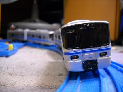 改造プラレール521系