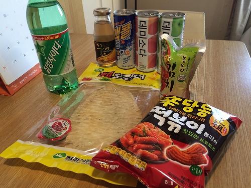 韓国のお菓子とジュース