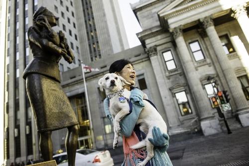 Tetsuhiro-Sachiko-Dogs-in-Montreal_21 (500x333)