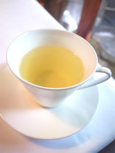 160910Satoshi_F-お茶