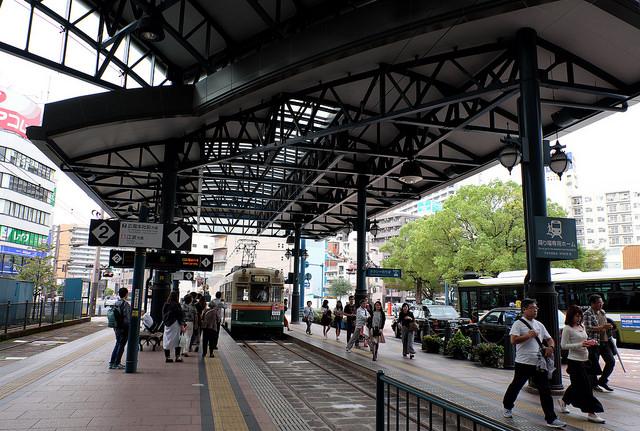 鳥取経由広島行008横川駅