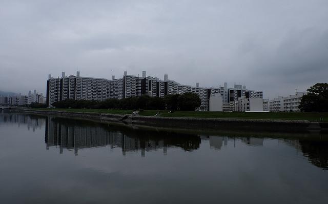 鳥取経由広島行012基町市営住宅太田川