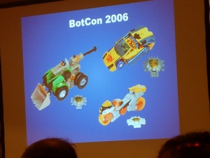 hasbro panel botcon ALL ITEM013[1]