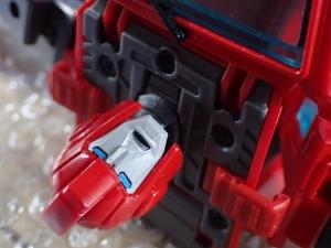 トランスフォーマー マスターピース MP-30 ラチェットで比較023
