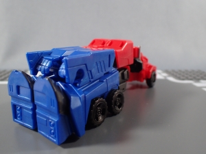 Transformers Robots in Disguise Decepticon Hunter Optimus Prime vs Decepticon Bludgeon Pack018