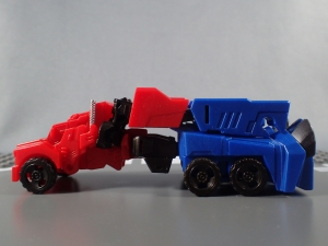 Transformers Robots in Disguise Decepticon Hunter Optimus Prime vs Decepticon Bludgeon Pack019