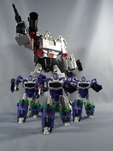 BOTCON2016 exclusive Reflector 3-pack (Lemit 1300)037