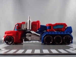 Transformers Cyber Commander Series Optimus Prime016