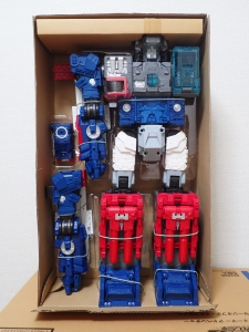 TF Titans Return Fortress Maximus 取り出し時 シールなし006