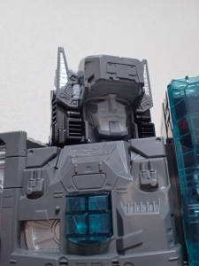 TF Titans Return Fortress Maximus 取り出し時 シールなし013