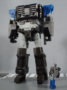 TF Titans Return Fortress Maximus エミサリー&セレブロス020