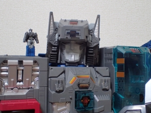 TF Titans Return Fortress Maximus 3形態002