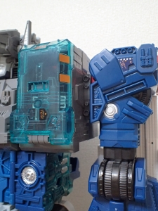 TF Titans Return Fortress Maximus 3形態006