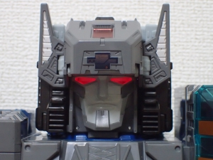 TF Titans Return Fortress Maximus 3形態010